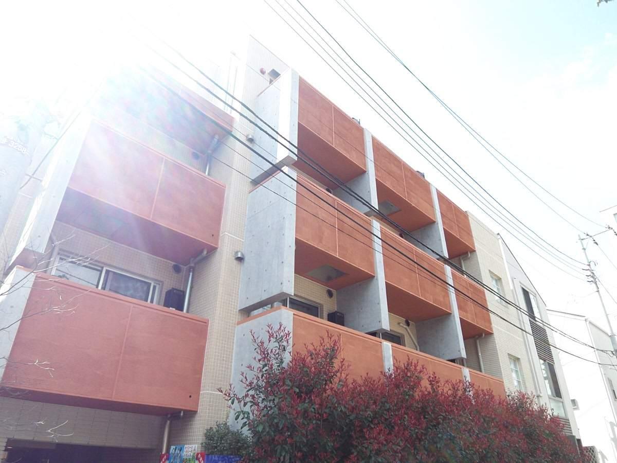 東京都杉並区、明大前駅徒歩14分の築13年 4階建の賃貸マンション