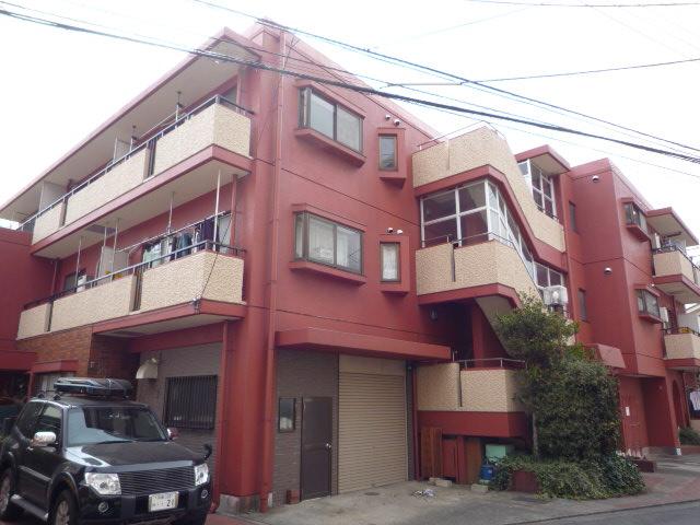 東京都国分寺市、西国分寺駅徒歩15分の築30年 3階建の賃貸マンション