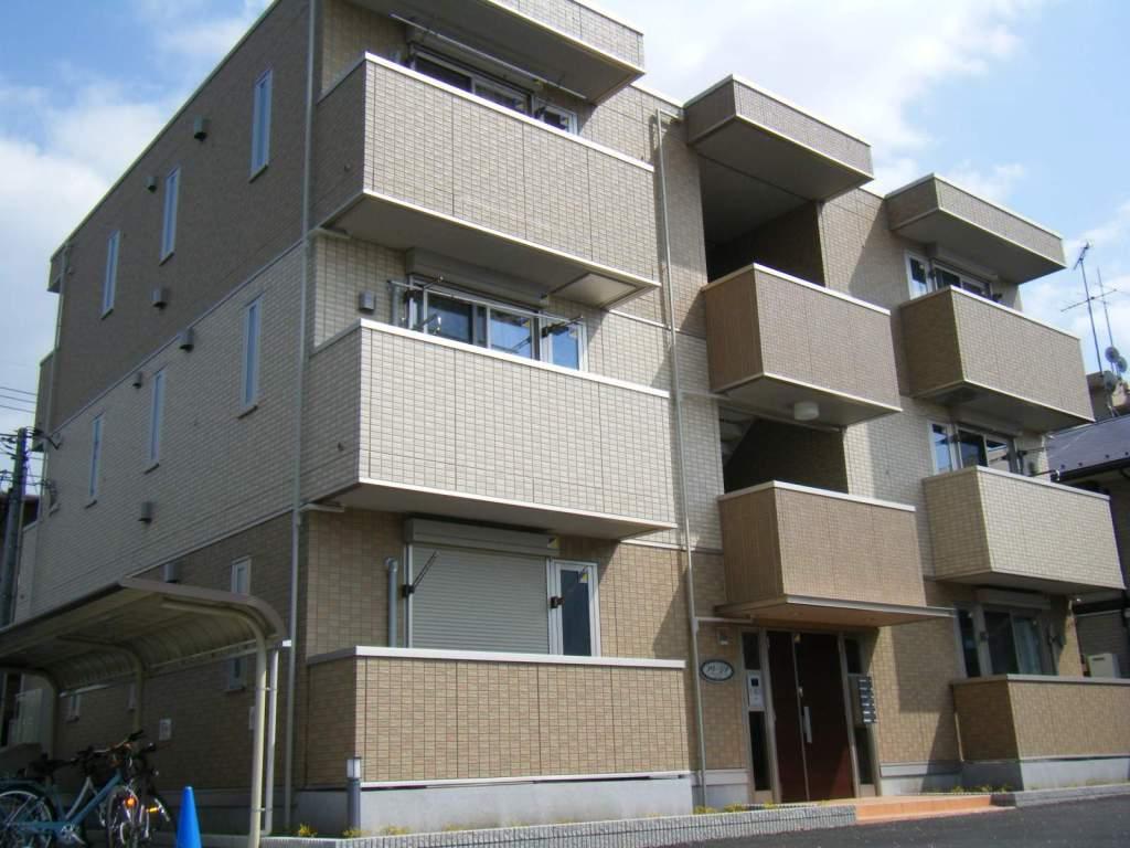 東京都小金井市、武蔵小金井駅徒歩22分の築4年 3階建の賃貸アパート