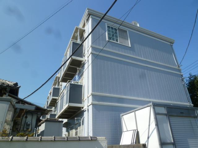 東京都小金井市、武蔵小金井駅徒歩21分の築27年 3階建の賃貸マンション