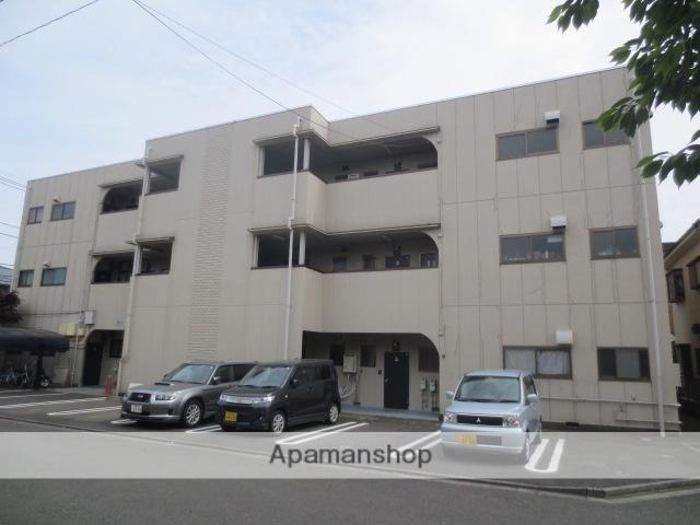 東京都三鷹市、武蔵境駅徒歩16分の築32年 3階建の賃貸マンション