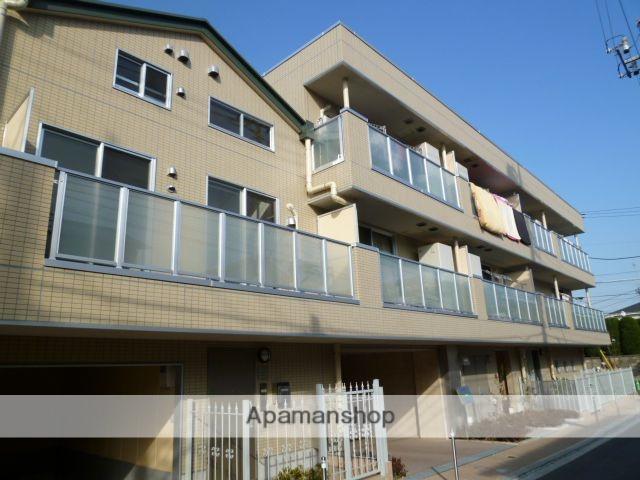 東京都小金井市、武蔵境駅徒歩26分の築6年 3階建の賃貸マンション