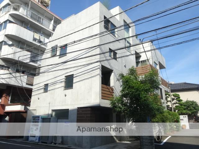 東京都武蔵野市、西荻窪駅徒歩20分の築6年 3階建の賃貸マンション