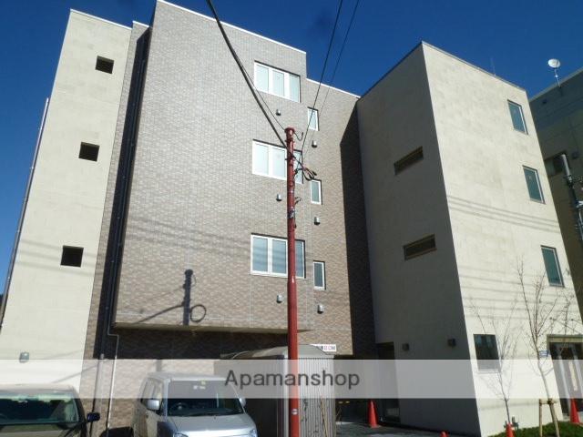 東京都小金井市、武蔵境駅徒歩22分の築5年 4階建の賃貸マンション