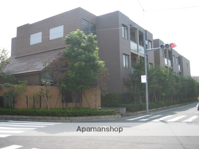 東京都杉並区、荻窪駅徒歩21分の築13年 3階建の賃貸マンション