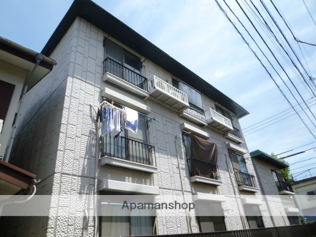 東京都練馬区、西荻窪駅徒歩26分の築31年 3階建の賃貸マンション