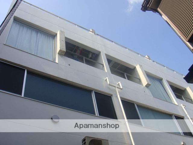 東京都杉並区、荻窪駅徒歩12分の築10年 3階建の賃貸マンション