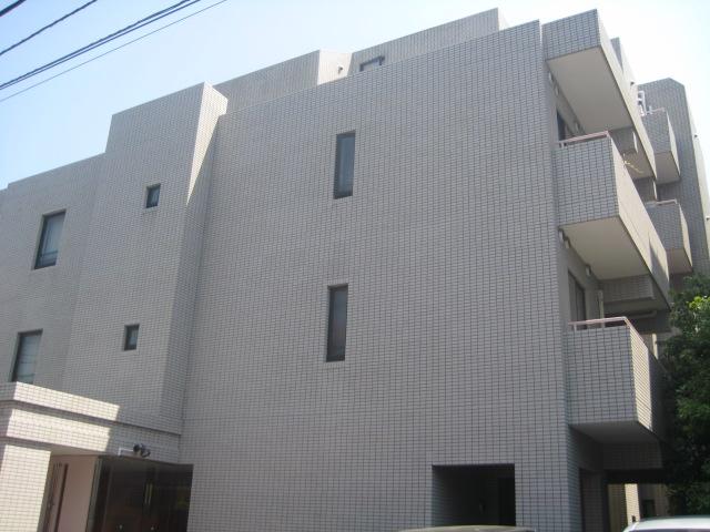 東京都国分寺市、西国分寺駅徒歩23分の築27年 5階建の賃貸マンション