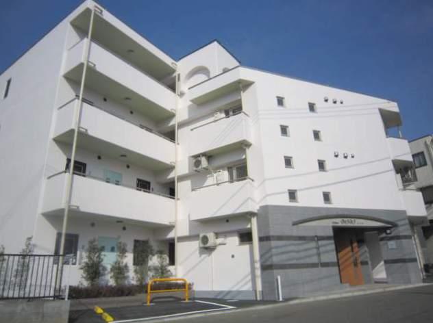 東京都世田谷区、上北沢駅徒歩20分の築6年 4階建の賃貸マンション