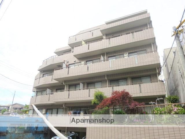 東京都狛江市、狛江駅徒歩11分の築26年 5階建の賃貸マンション