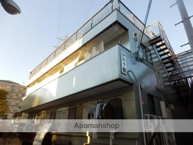 東京都狛江市、喜多見駅徒歩11分の築25年 2階建の賃貸マンション