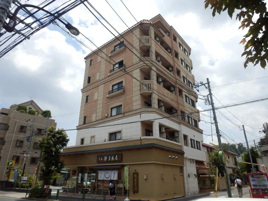 東京都世田谷区、千歳船橋駅徒歩25分の築13年 7階建の賃貸マンション