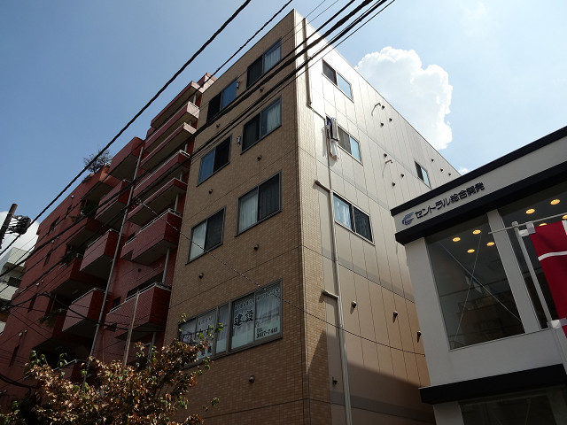 東京都江戸川区、平井駅徒歩4分の築9年 5階建の賃貸マンション