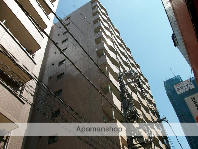 東京都墨田区、錦糸町駅徒歩3分の築15年 12階建の賃貸マンション