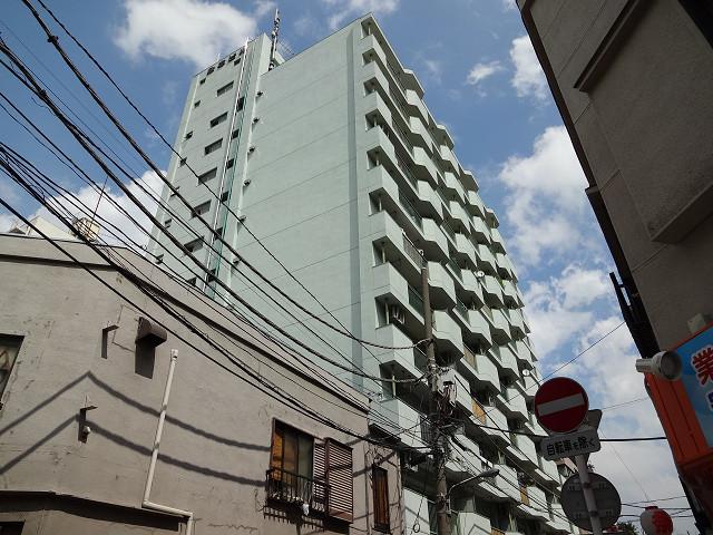 東京都江戸川区、平井駅徒歩3分の築39年 11階建の賃貸マンション