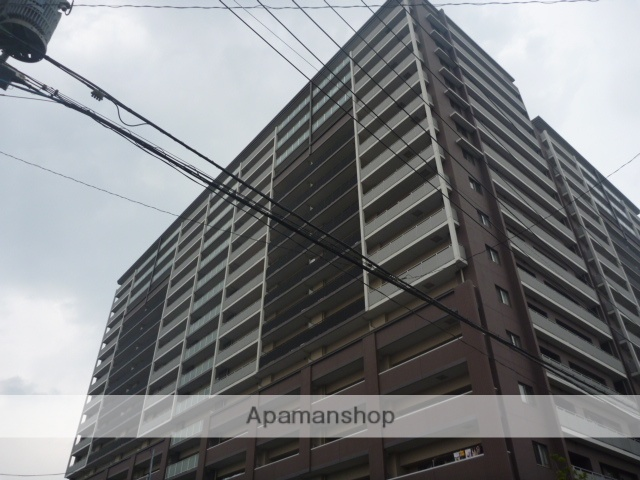 東京都江東区、平井駅徒歩11分の築9年 17階建の賃貸マンション