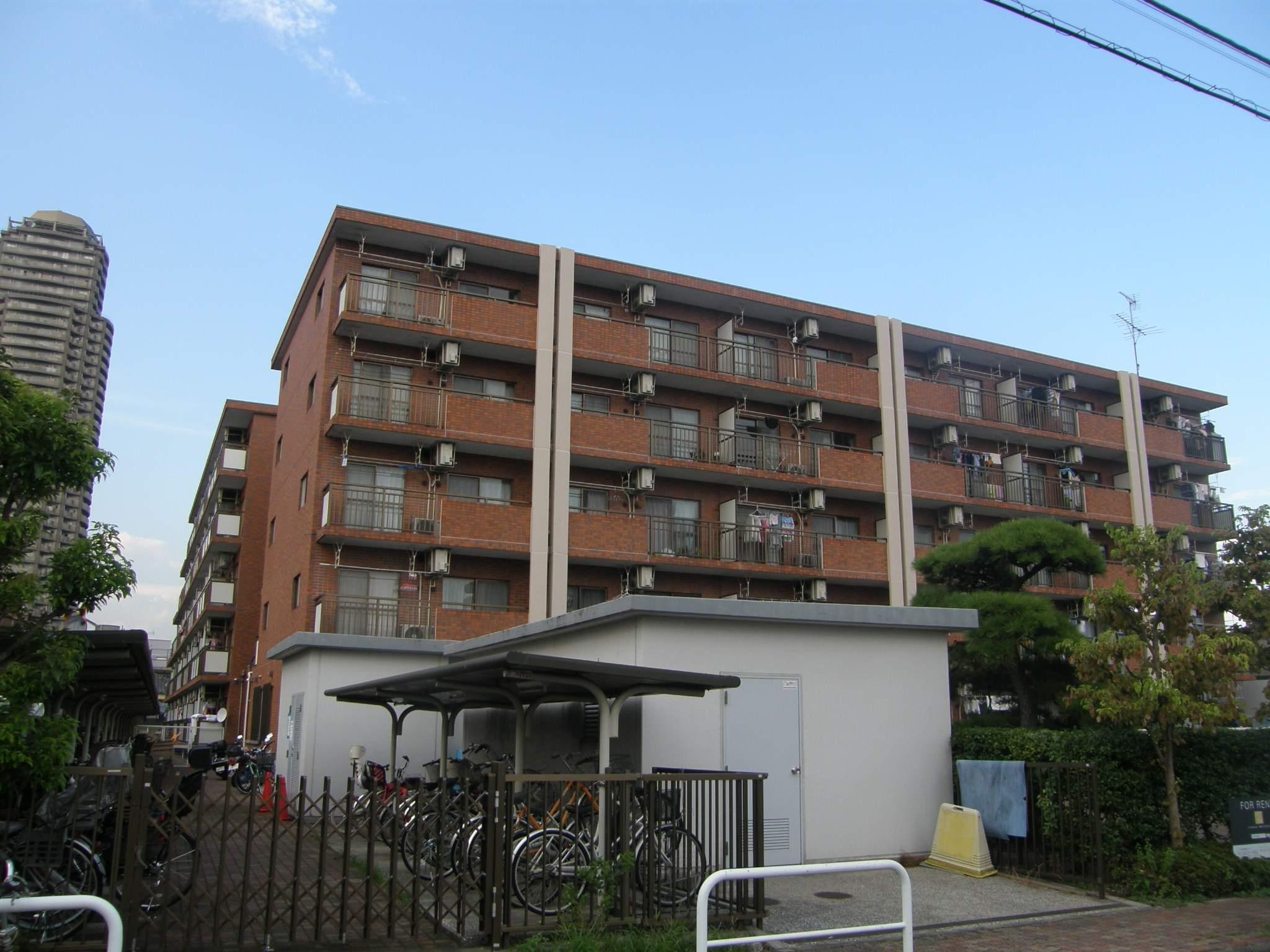 東京都江東区、住吉駅徒歩12分の築27年 5階建の賃貸マンション