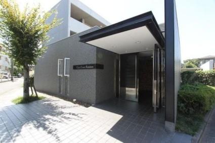 東京都世田谷区、八幡山駅徒歩15分の築18年 3階建の賃貸マンション