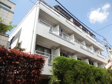 東京都世田谷区、桜上水駅徒歩10分の築27年 4階建の賃貸マンション