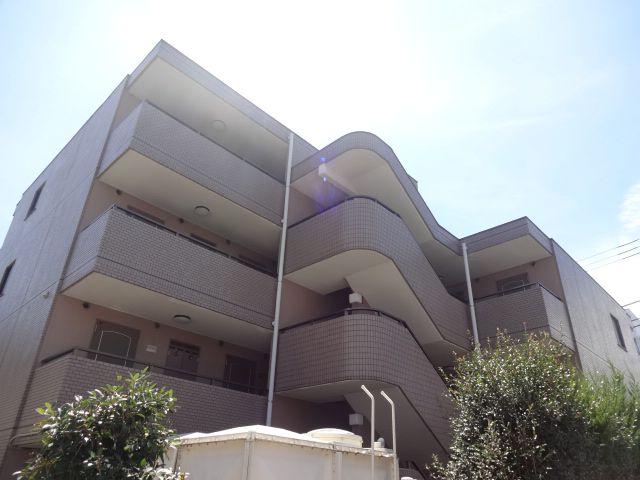 東京都世田谷区、上北沢駅徒歩7分の築23年 4階建の賃貸マンション