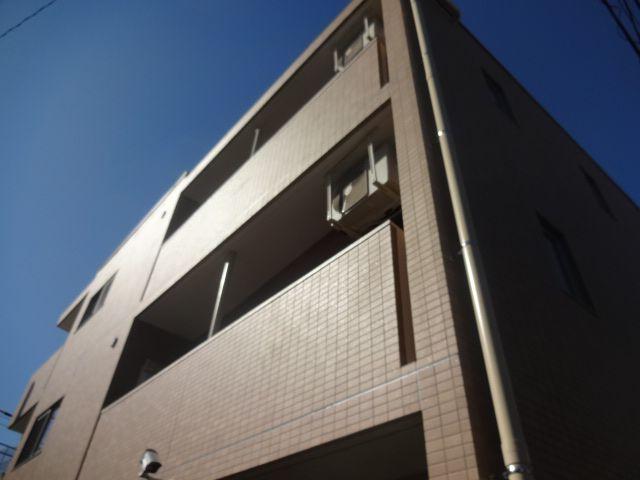 東京都杉並区、永福町駅徒歩12分の築3年 3階建の賃貸マンション