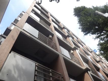 東京都杉並区、笹塚駅徒歩8分の築16年 6階建の賃貸マンション