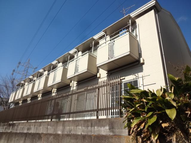 東京都杉並区、下高井戸駅徒歩5分の築25年 2階建の賃貸アパート