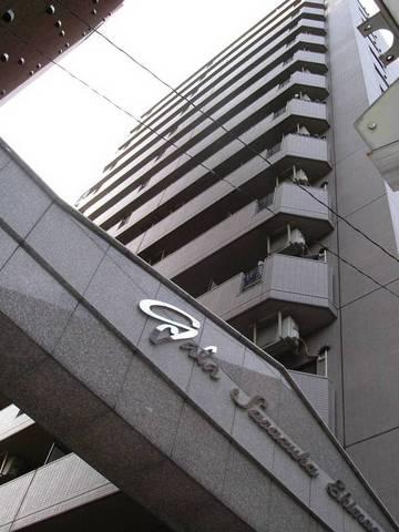 東京都渋谷区、幡ヶ谷駅徒歩15分の築17年 14階建の賃貸マンション