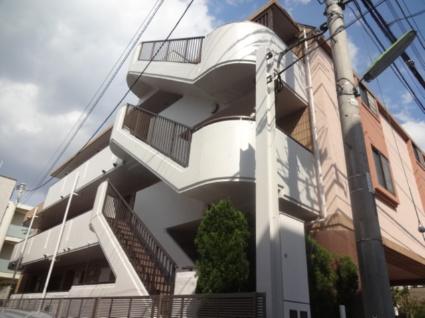 東京都世田谷区、下高井戸駅徒歩9分の築27年 3階建の賃貸マンション