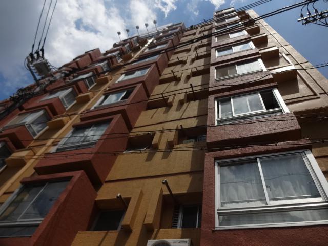 東京都世田谷区、桜上水駅徒歩10分の築47年 10階建の賃貸マンション