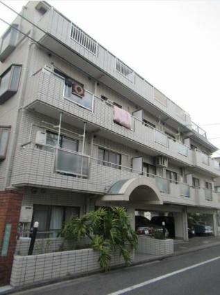 東京都世田谷区、祐天寺駅徒歩16分の築27年 4階建の賃貸マンション
