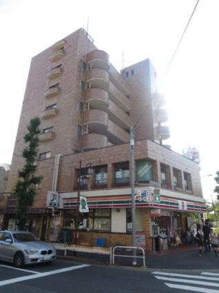 東京都世田谷区、駒沢大学駅徒歩19分の築31年 8階建の賃貸マンション