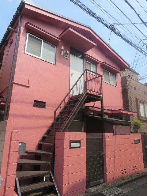 東京都世田谷区、三軒茶屋駅徒歩16分の築44年 2階建の賃貸アパート