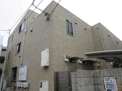 東京都世田谷区、三軒茶屋駅徒歩13分の築9年 3階建の賃貸アパート
