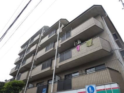 東京都世田谷区、祐天寺駅徒歩11分の築26年 6階建の賃貸マンション