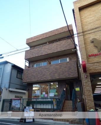 東京都世田谷区、駒沢大学駅徒歩18分の築10年 3階建の賃貸マンション