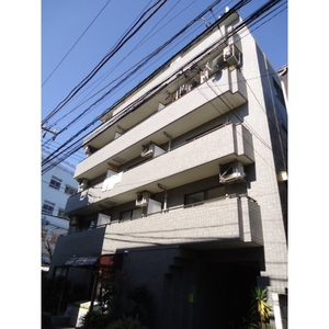 東京都世田谷区、三軒茶屋駅徒歩9分の築25年 5階建の賃貸マンション