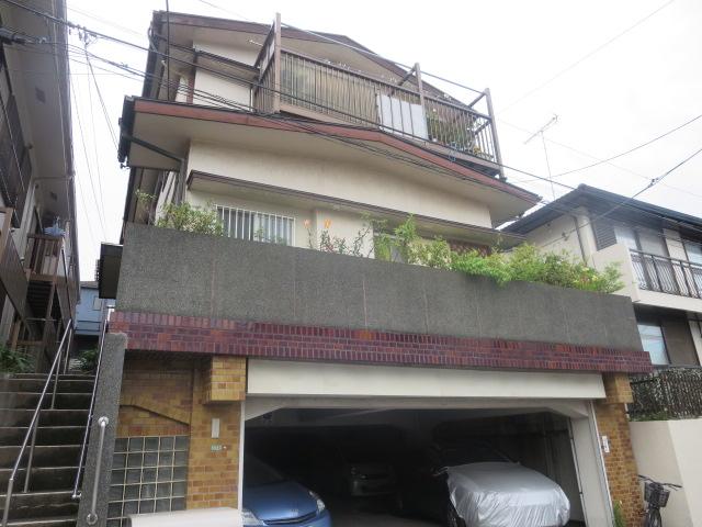 東京都世田谷区、駒沢大学駅徒歩21分の築47年 2階建の賃貸アパート
