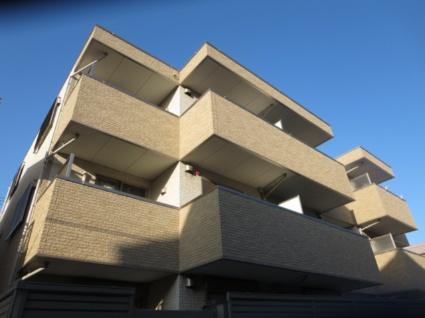 東京都世田谷区、駒沢大学駅徒歩8分の築4年 3階建の賃貸マンション