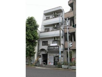 東京都世田谷区、三軒茶屋駅徒歩14分の築27年 4階建の賃貸マンション