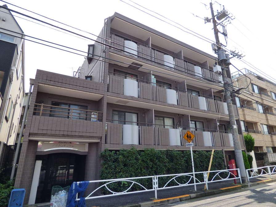 東京都目黒区、都立大学駅徒歩11分の築28年 4階建の賃貸マンション