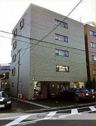 東京都世田谷区、自由が丘駅徒歩15分の築9年 5階建の賃貸マンション