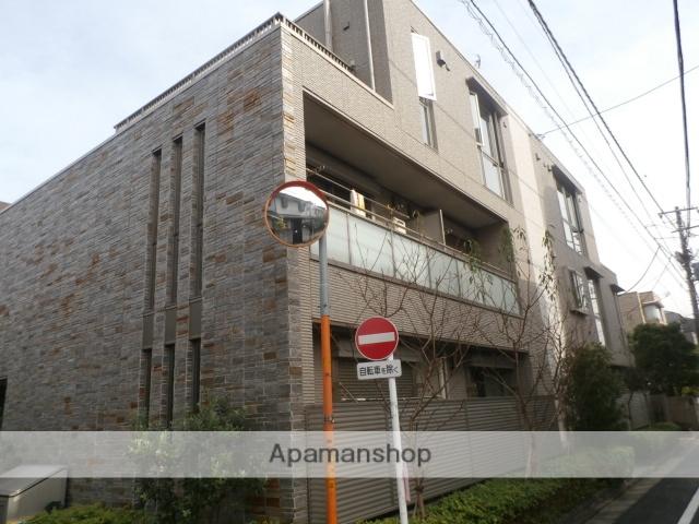 東京都目黒区、学芸大学駅徒歩8分の築4年 3階建の賃貸マンション
