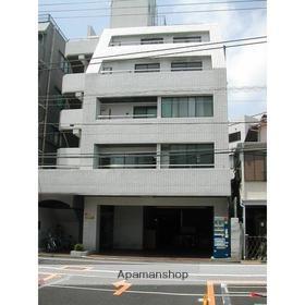 東京都目黒区、都立大学駅徒歩3分の築30年 5階建の賃貸マンション