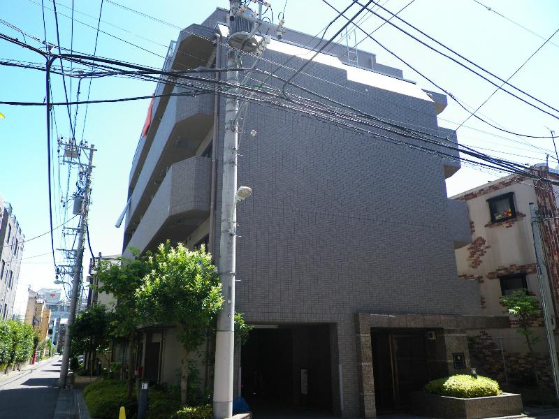 東京都目黒区、祐天寺駅徒歩15分の築15年 5階建の賃貸マンション