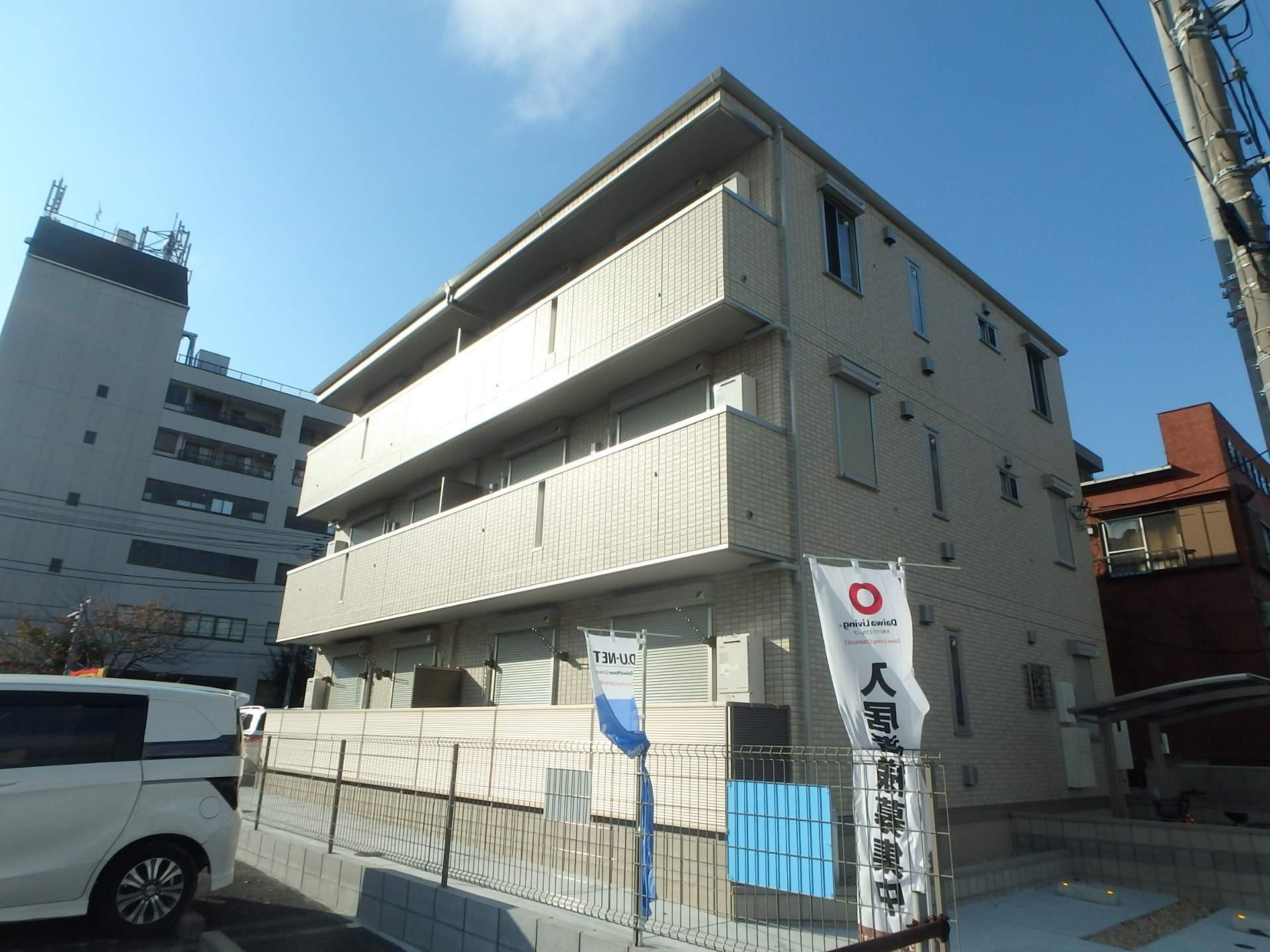 東京都江戸川区、一之江駅徒歩30分の築3年 3階建の賃貸アパート