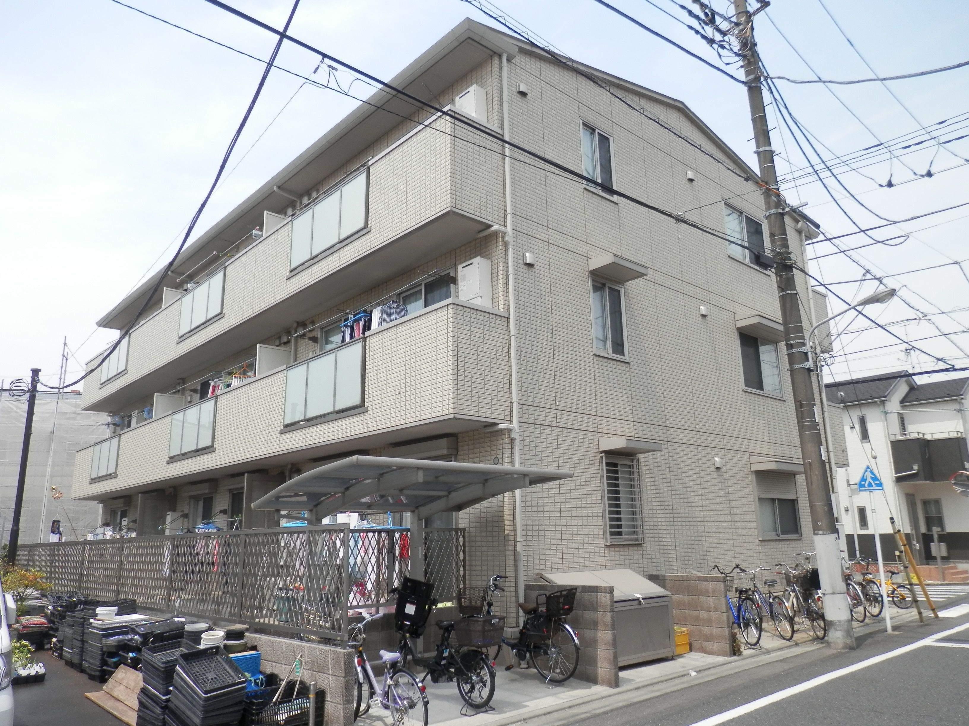 東京都江戸川区、小岩駅徒歩31分の築6年 3階建の賃貸アパート