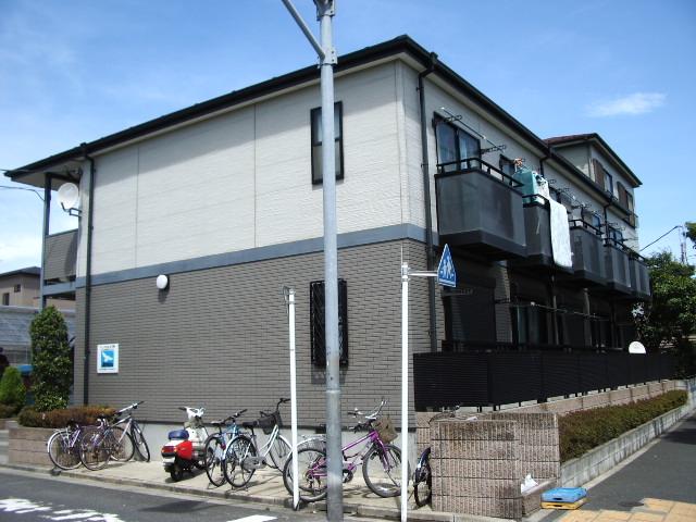 東京都江戸川区、新小岩駅徒歩33分の築18年 2階建の賃貸アパート