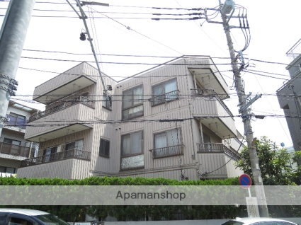 神奈川県川崎市高津区、二子新地駅徒歩21分の築30年 3階建の賃貸マンション