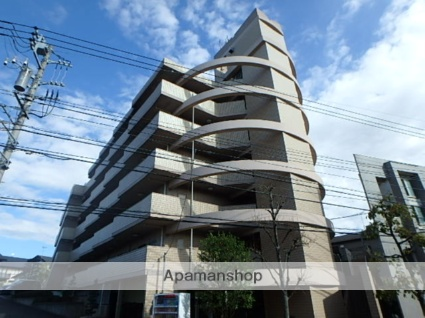 神奈川県川崎市高津区、溝の口駅徒歩22分の築22年 6階建の賃貸マンション
